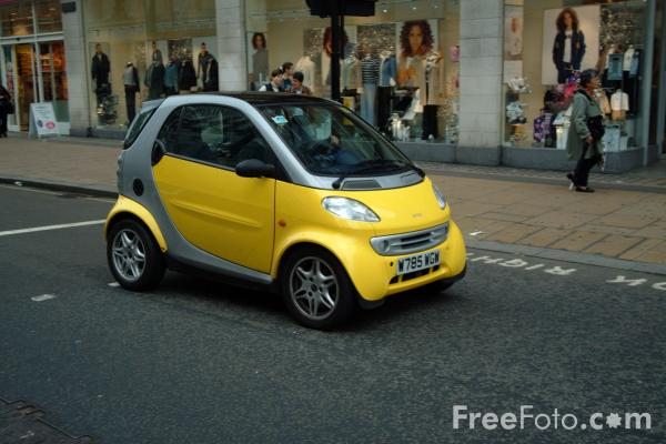 http://nunetherlands.files.wordpress.com/2009/03/smart-car.jpg