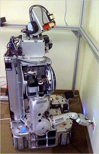PR2 robot